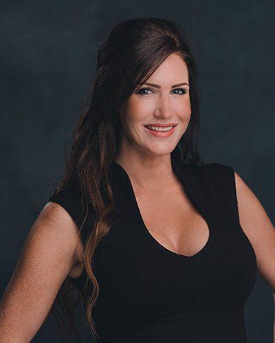 Laura Olivas